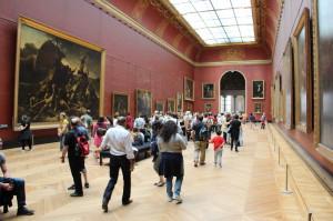 2 Im Louvre